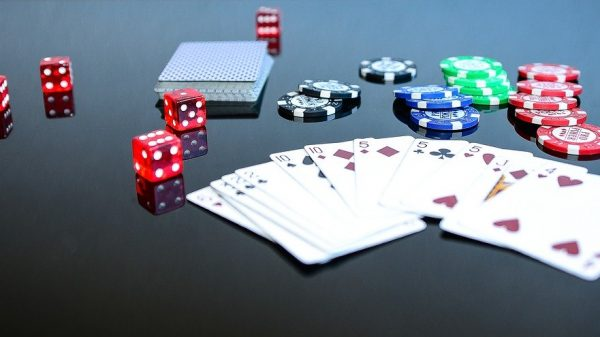 Advantages of gambling online with DominoQQ on the official website